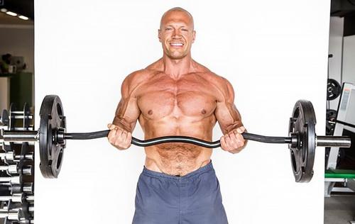 Как связан функциональный тренинг, протеин и… облысение?