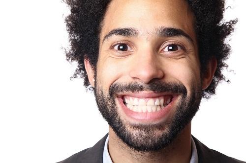 Здоровые зубы = полноценная сексуальная жизнь.