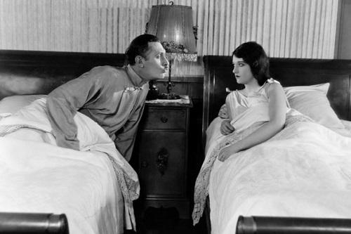 Как статус мужа влияет на потенцию мужчины?