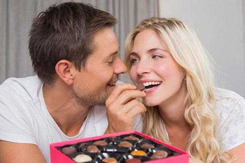 Чтобы не испытывать проблем в сексе, ешьте шоколад.