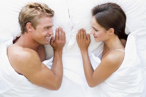 В каком возрасте сколько раз люди занимаются сексом?
