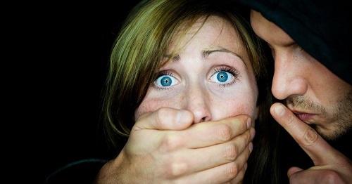 Курсы сексуального воспитания делают из подростков маньяков.