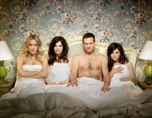 Полигамы и моногамы: время мериться сексами.