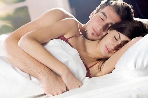 Исследователи заявили, что некоторым супругам лучше отдыхать ночью раздельно.