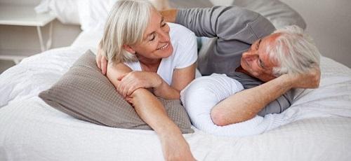 Секс у пожилых? Не просто можно, а нужно!