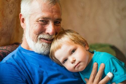 Почему мужчине лучше родить ребенка в молодом возрасте?