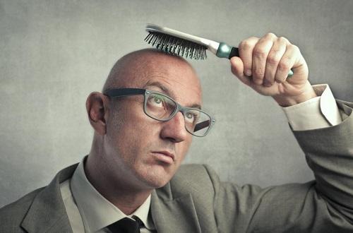 Почему препараты для лечения аллопеции опасны для мужчин?
