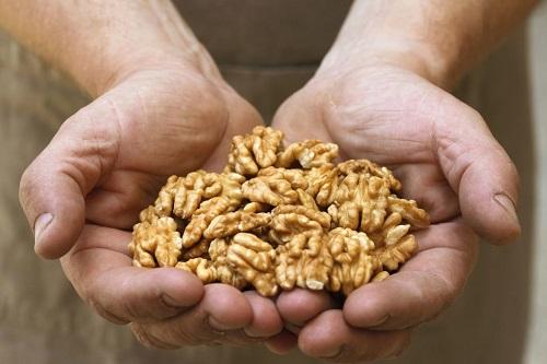 Как орехи влияют на здоровье мужчин.