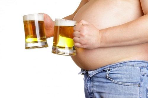 Ученые рассказали о самом вредном алкоголе для мужчин.