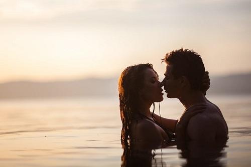 Секс в воде.