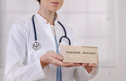 Женские гормоны у мужчины.