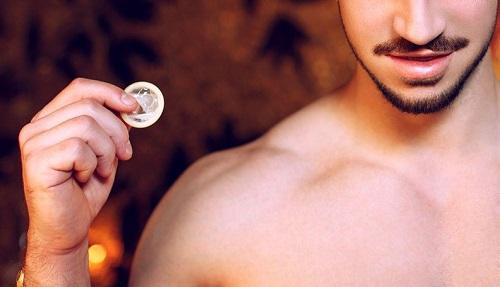Мифы о презервативе.