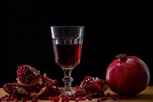 Гранатовый сок.